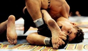 Former UFC Heavyweight Champion Frank Mir using the Toe Hold to defeat Tank Abbot at UFC 41